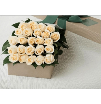 12 Hot Red Roses Box Send to Manila Philippines